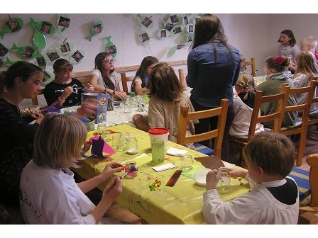 """Bastelmaterial für Kindertreff """"Beth Shalom"""""""