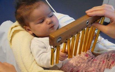 Musiktherapie für kleine Herzpatienten
